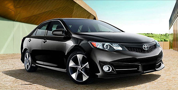 Toyota Camry, Honda Civic inventories rise, report says